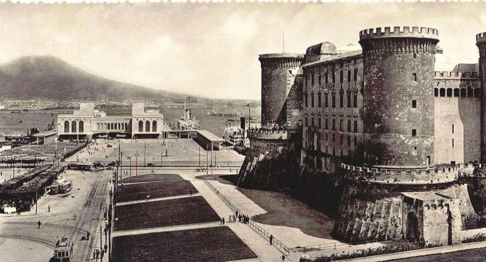 Napoli angioina